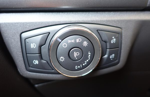 Ford Mondeo 2.0TDCi Business SYNC 3,ZIMNÍ PAKET, nabídka A110/20