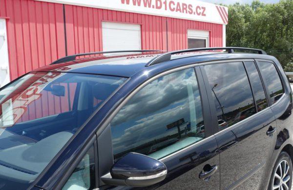 Volkswagen Touran 2.0 TDi CZ NAVI, VYHŘ. SEDADLA, nabídka A112/19