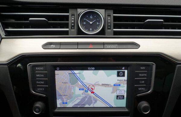 Volkswagen Passat 2.0 TDi Highline 140 kW Bi-XENONY, nabídka A113/20