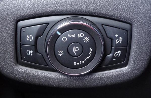Ford Tourneo Connect L21.6 TDCi 85 kW 5 MÍST, NAVIGACE, nabídka A123/18