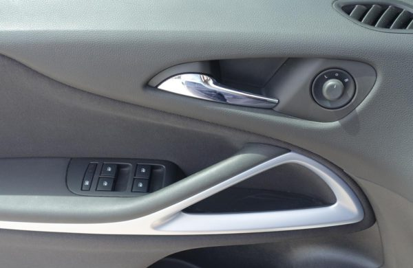 Opel Zafira Tourer 2.0CDTi CZ NAVI,VYHŘ.SEDADLA, nabídka A125/19