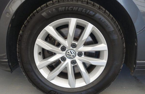 Volkswagen Passat 2.0TDi  AUT. PARKOVÁNÍ,, nabídka A137/21