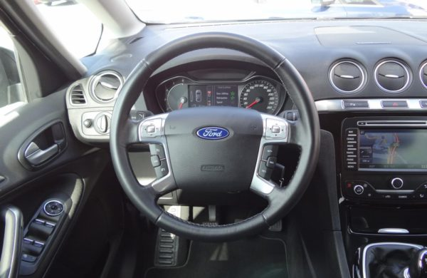 Ford S-MAX 2.0 TDCi 120kW Titanium,NAVI,KAMERA, nabídka A160/18