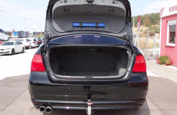 BMW Řada 3325d 145 kW, SERVISNÍ KNÍŽKA, nabídka A174/18