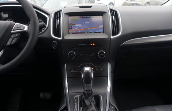 Ford S-MAX 2.0 TDCi Titanium POWERSHIFT CZNAVI, nabídka A192/20