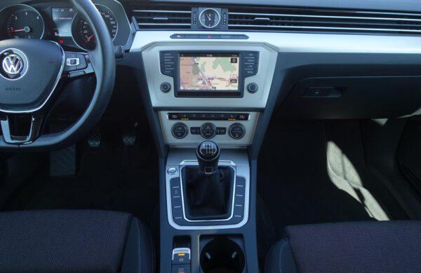 Volkswagen Passat 2.0TDi ACC TEMPOMAT LED SVĚTLA NAVI, nabídka A194/21
