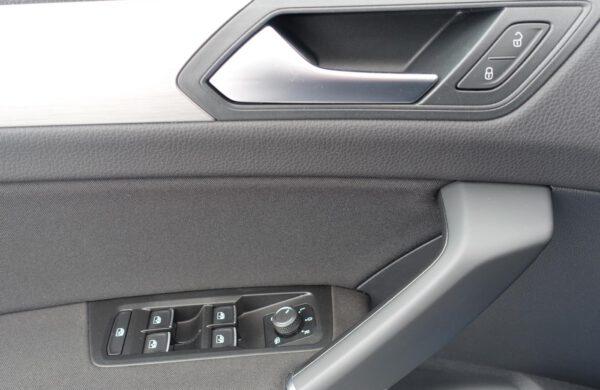 Volkswagen Touran 2.0 TDi ACC Tempomat Nez.topení, nabídka A197/21