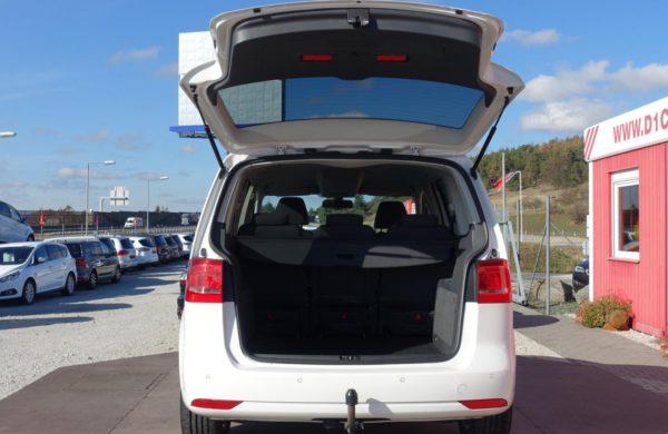 Volkswagen Touran 2.0 TDi Style NAVI, PARK. ASISTENT, nabídka A203/18