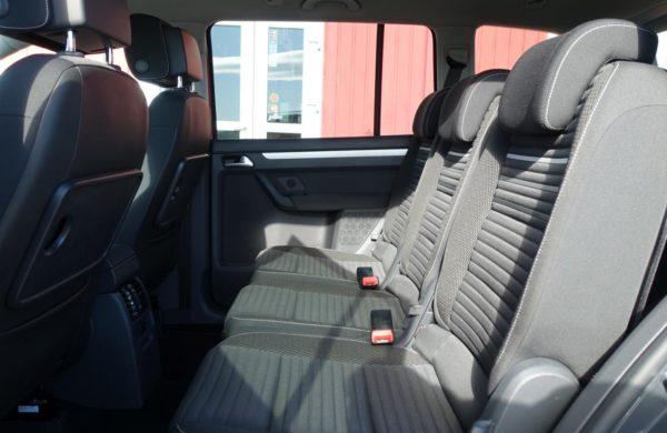 Volkswagen Touran 2.0 TDi CUP Bi-XENONY, KAMERA, NAVI, nabídka A203/19