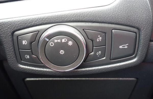 Ford S-MAX 2.0 TDi Titanium LED SVĚTLA, KAMERA, nabídka A20/21