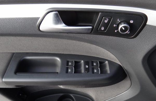 Volkswagen Touran 2.0 TDi DSG Comfortline NAVI,KAMERA, nabídka A215/17