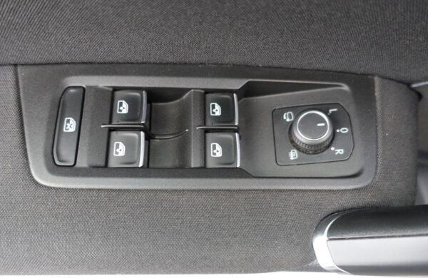 Volkswagen Touran 2.0 TDi DSG, CZ NAVI,  ACC, nabídka A242/20