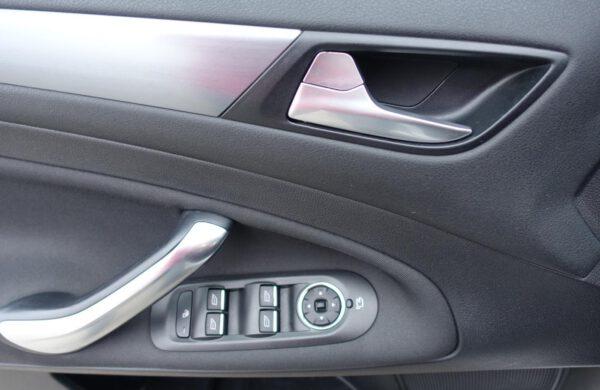 Ford Mondeo 2.0 TDCi Titanium NAVI, ZIMNÍ PAKET, nabídka A265/19