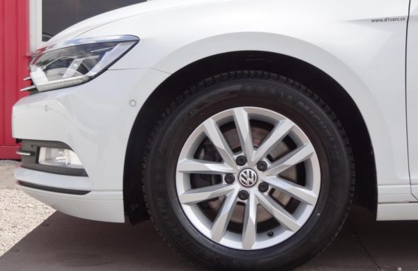 Volkswagen Passat 2.0 TDi DSG LED SVĚTLOMETY,NAVIGACE, nabídka A39/18