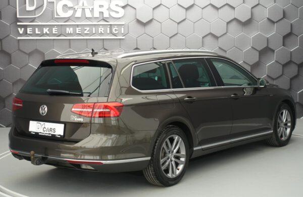 Volkswagen Passat 2.0 TDi Highline 140 kW Bi-XENONY, nabídka A49/21