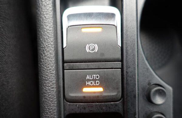 Volkswagen Touran 2.0 TDi Comfortline NAVI, ACC Temp., nabídka A64/21