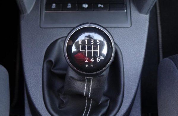 Volkswagen Touran 2.0 TDi Cup, NAVI, PARK.ASISTENT, nabídka A77/18