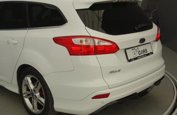 Ford Focus 2.0 TDCi Titanium SPORT XENONY,BLIS, nabídka A91/21