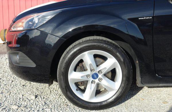 Ford Focus 1.6 TDCi SPORT, VYHŘ. ČELNÍ SKLO, nabídka AV18/19